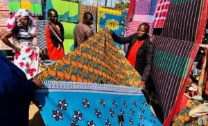 ตลาดหมู่บ้านลุมบู...ไปช้อปปิ้งสไตล์ Mocambique