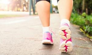 """""""เดินเร็ว"""" ต้านโรค ดีต่อสุขภาพกว่าที่หลายคนคิด"""
