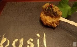 """อาหารไทยสมัยใหม่ ไม่มั่วซั่วที่ """"เบซิล"""""""