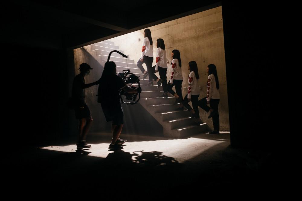Comme des Garçons ฉลองหนึ่งทศวรรษในประเทศไทยด้วยหนังสั้นสุดเก๋จาก 3 ผู้กำกับ
