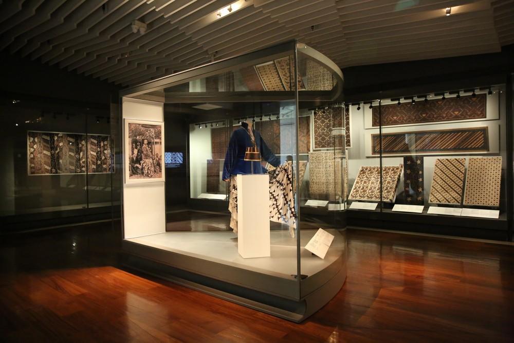 นิทรรศการผ้าบาติกในพระปิยมหาราชชุดใหม่ เปิดให้เข้าชมแล้ว ที่พิพิธภัณฑ์ผ้าฯ