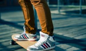 3 สไตล์รองเท้าผู้ชายใส่สบายที่ต้องมีติดบ้านไว้ไม่หลุดเทรนด์